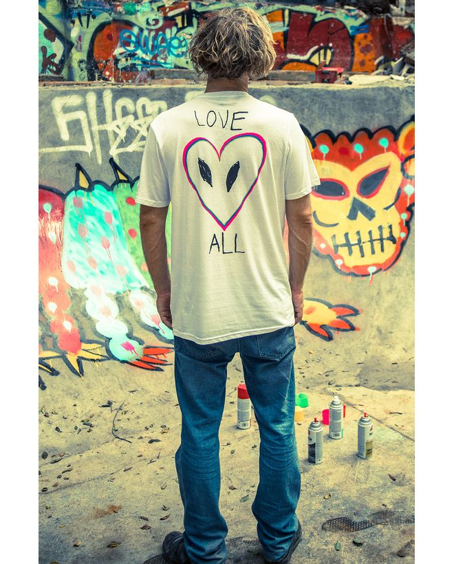 CAMISETA-MANGA-CURTA-SILK-SLIM-LOVE-ANTI-BAD-VIBE-SHIELD-COLLECTION-02.12.0297.12.1