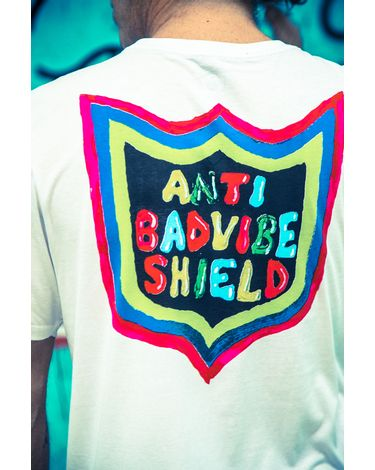 CAMISETA-MANGA-CURTA-SILK-SLIM-NEW-SHIELD-ANTI-BAD-VIBE-SHIELD-COLLECTION-02.12.0296.12.4