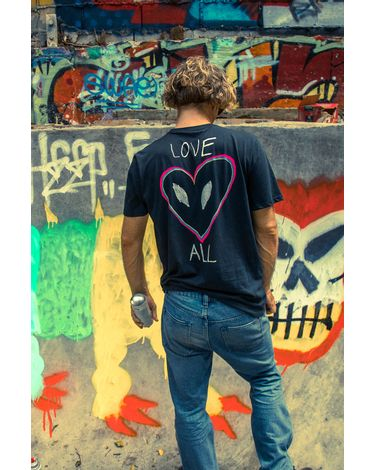 CAMISETA-MANGA-CURTA-SILK-SLIM-LOVE-ANTI-BAD-VIBE-SHIELD-COLLECTION-MASCULINO-VOLCOM-02.12.0297.11.4