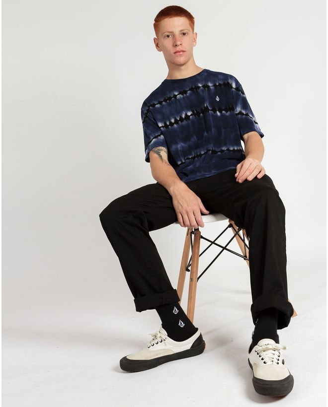 02.14.0930_Camiseta-Volcom-Manga-Curta--Tie-Dye-Debut--2-