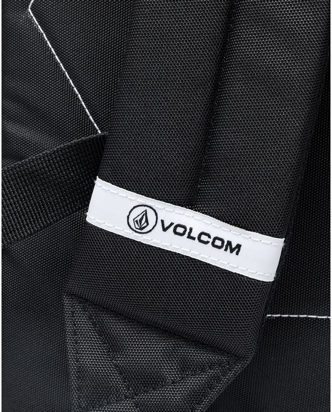 VC6005D_Mochila-Volcom-Classic-Preta--6-