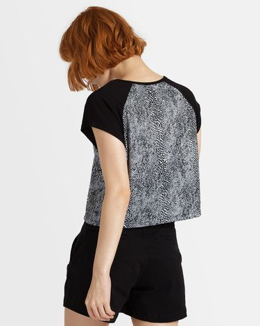 14.78.0354_Camiseta-Especial-Volcom-Raglan-Snakebite--2-