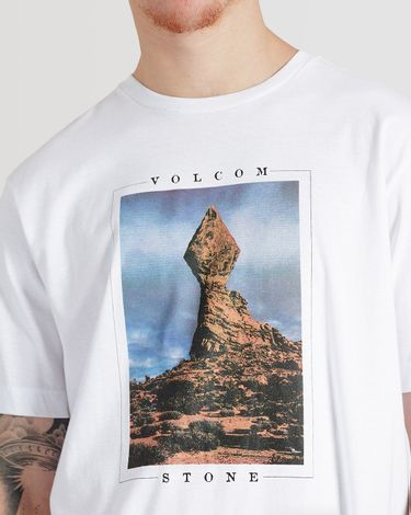 02.12.0320_Camiseta-Volcom-Slim-Fit-Manga-Curta-Stone-Stack--5-