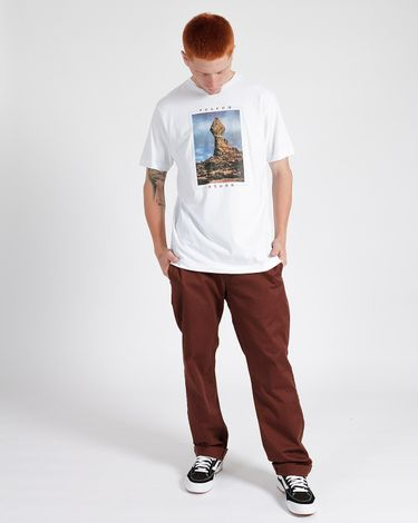 02.12.0320_Camiseta-Volcom-Slim-Fit-Manga-Curta-Stone-Stack--1-