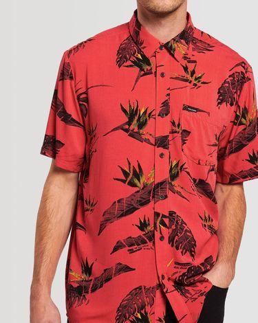 03.28.0303_Camisa-Volcom-Manga-Curtar-Regular-Floral-Erupter-Vermelho.jpg