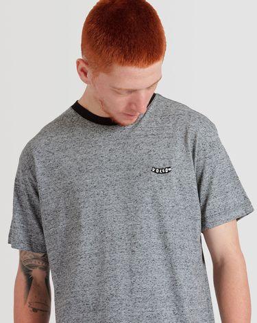 02.14.0964_Camiseta-Volcom-Manga-Curta-Slim-Fit-EcoFriendly-Thurston.jpg